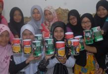 Aktivitas Galang Kencleng Pemudi Balekambang, Condet, Jakarta Timur